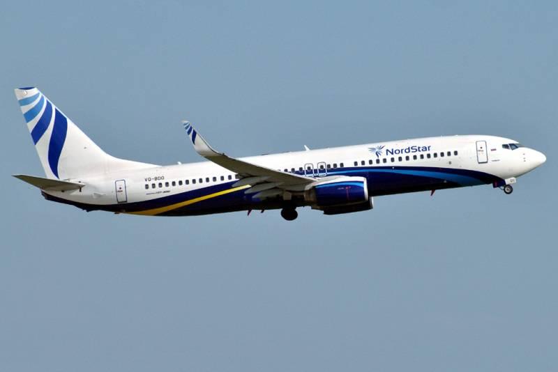 фото 588 авиакомпании NordStar Airlines (Лайнер Boeing-737 авиакомпании) .