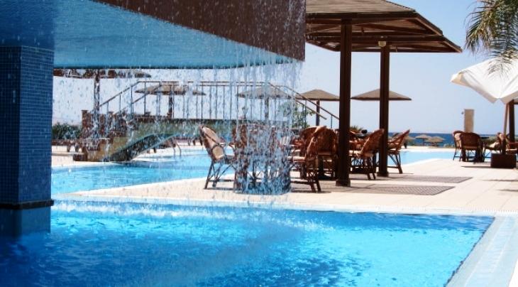 Lahami bay beach resort and gardens