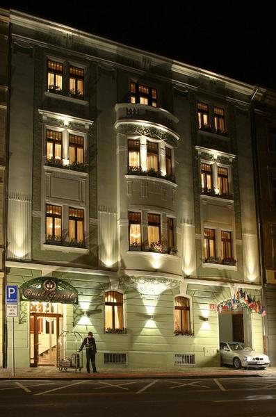 Run by the apostolic residence crew, the neighbouring grand hotel is an equally sumptious place to stay