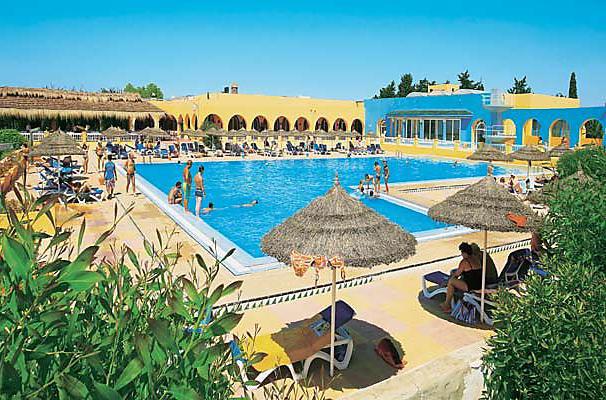 Тунис Дешево