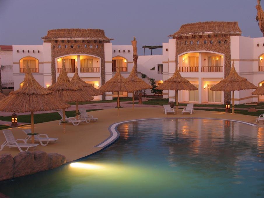Отель расположен в египте, на курорте шарм эль шейх (регион south sinai), в местечке под названием sharks bay