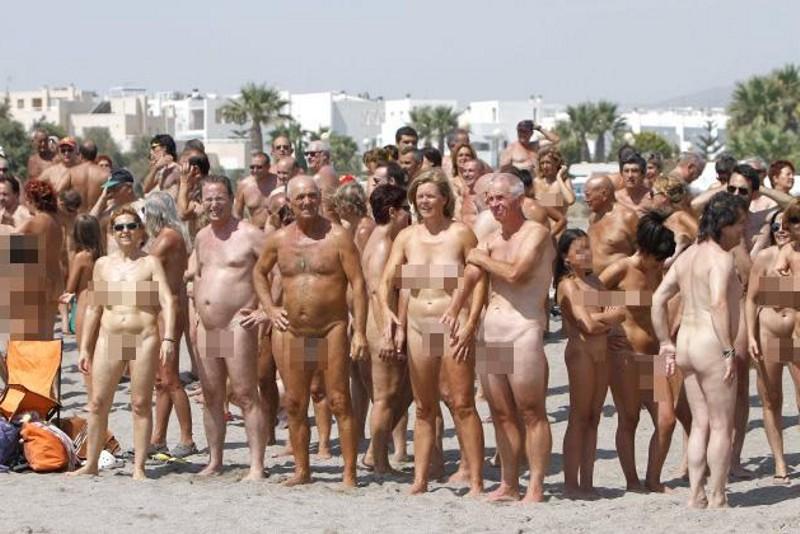 Фото голые пляж испания 6 фотография