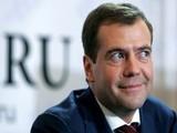 Медведев прорекламировал туры во Вьетнам