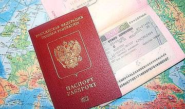 В России спрос туристов на загранпаспорта уменьшился на 36%