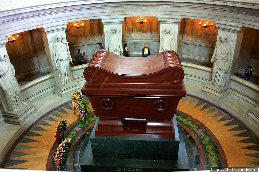 Картинки по запросу фото могилы Наполеона