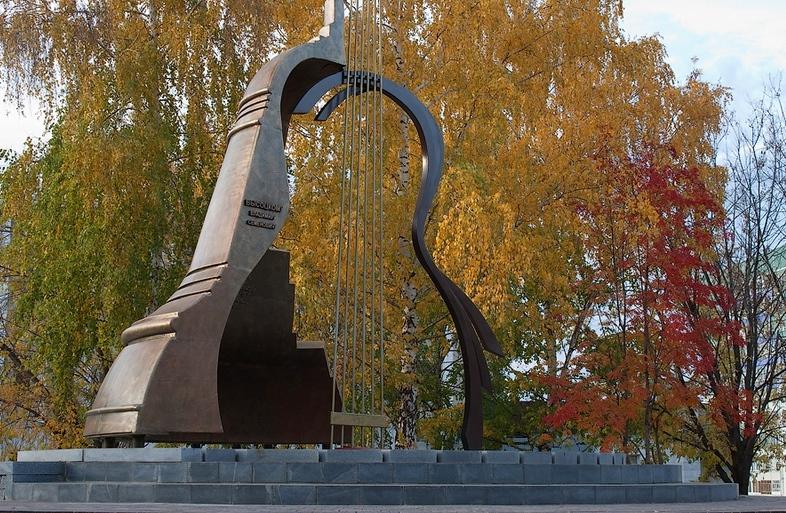 Купить памятники в челнах гранитные памятники минск  Владыкино