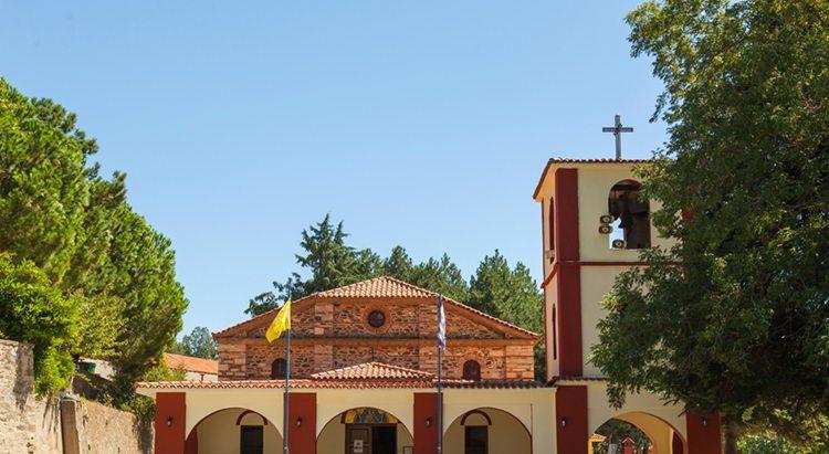 Картинки по запросу Церковь Успения Пресвятой Богородицы ситония