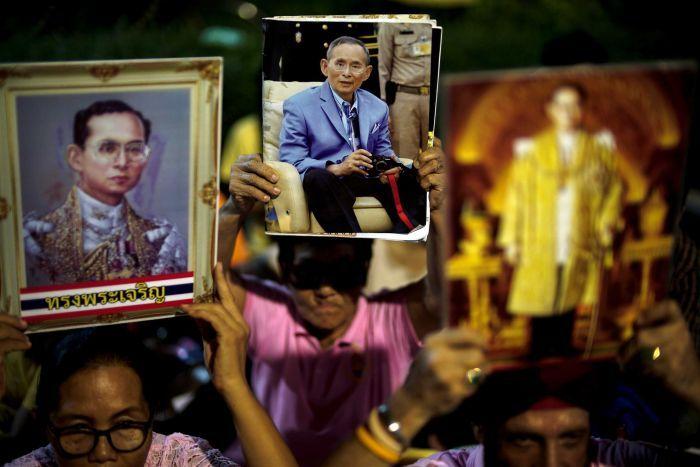 Картинки по запросу В Таиланде объявлен траур продолжительностью в один год