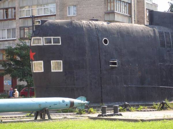 кондратьевский проспект подводная лодка