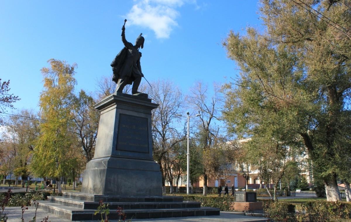 Купить памятник в новочеркасске где заказать памятник на могилу в ставрополе