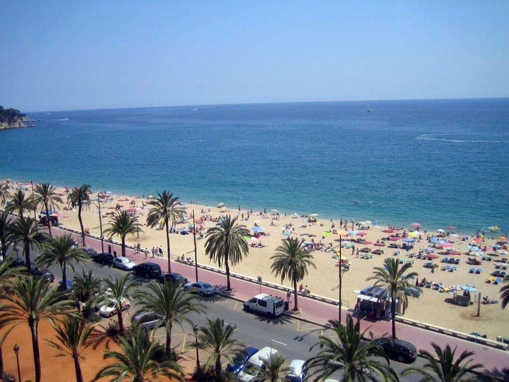 ларнака пляж маккензи фото
