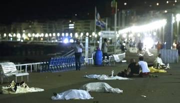 Теракт в Ницце: Госдума может ввести ограничения на турпоездки во Францию