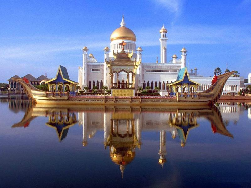 Д. Медведев проведет переговоры сглавой руководства ипарламентариями Марокко