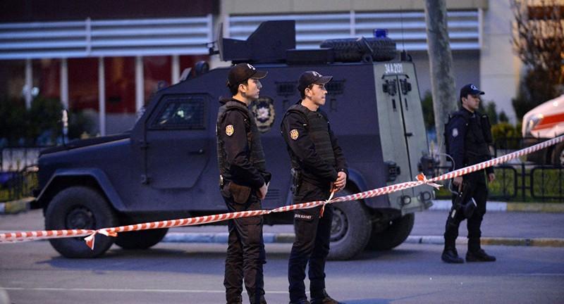 Наплощади Таксим вСтамбуле найдены подозрительные чемоданы
