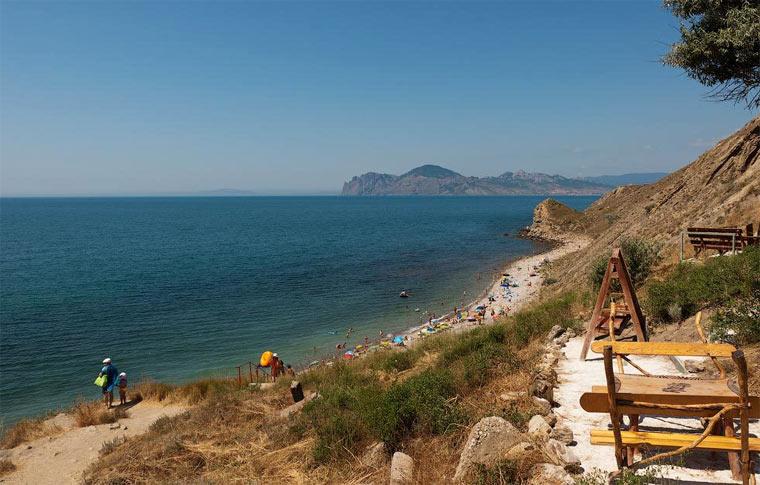 В Крыму инвестировали в благоустройство пляжей 500 млн рублей