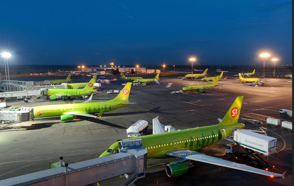 Рейтинг Forbes: S7 обошла «Аэрофлот» посоотношению цена-качество