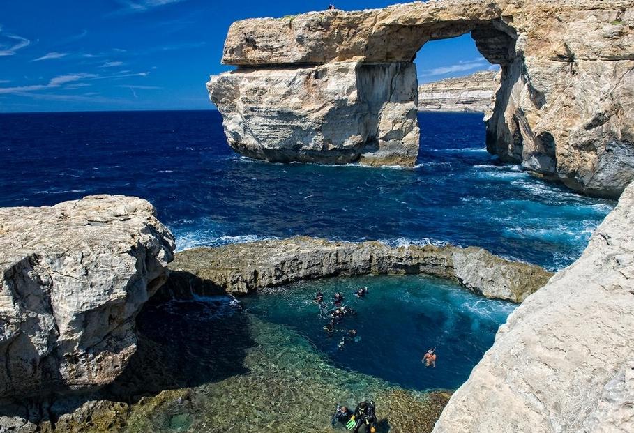 «Лазурное окно»: НаМальте обвалился объект ЮНЕСКО