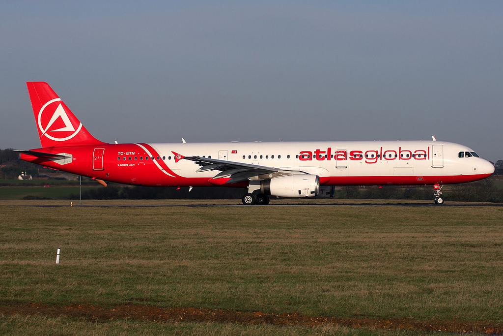 Перевозкой пассажиров «ВИМ-Авиа» займутся заграничные  компании