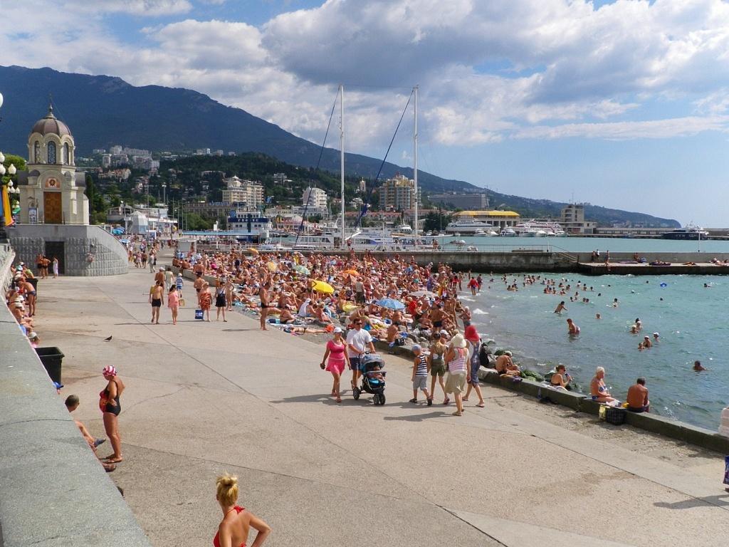 Крым принял более 4 млн туристов