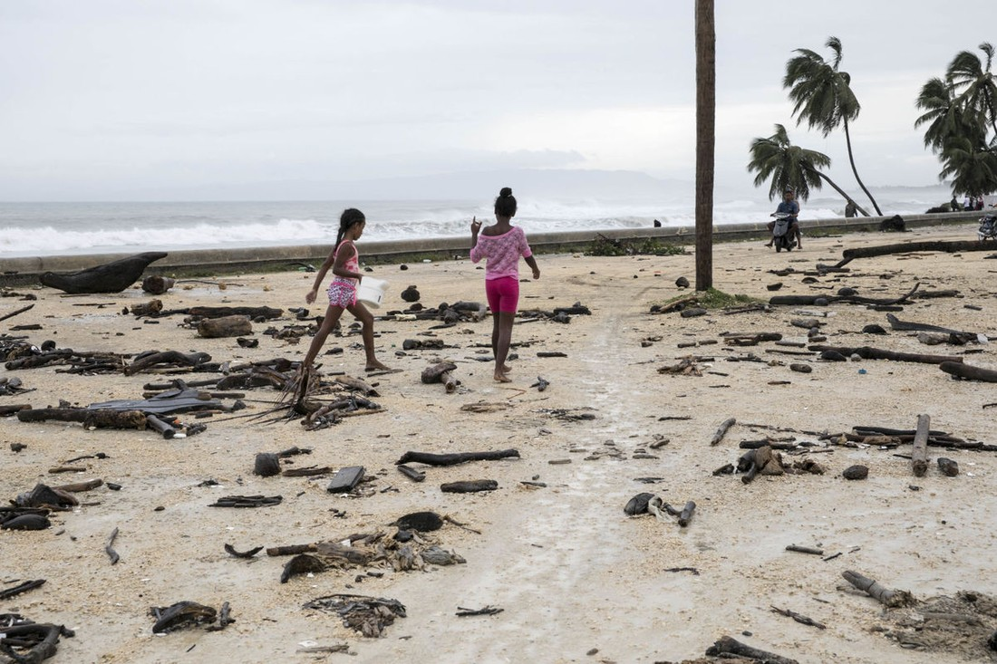 Российских туристов эвакуировали с кубинских островов