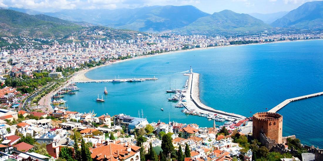Неменее 10 млн иностранных туристов посетили Анталью в предыдущем году