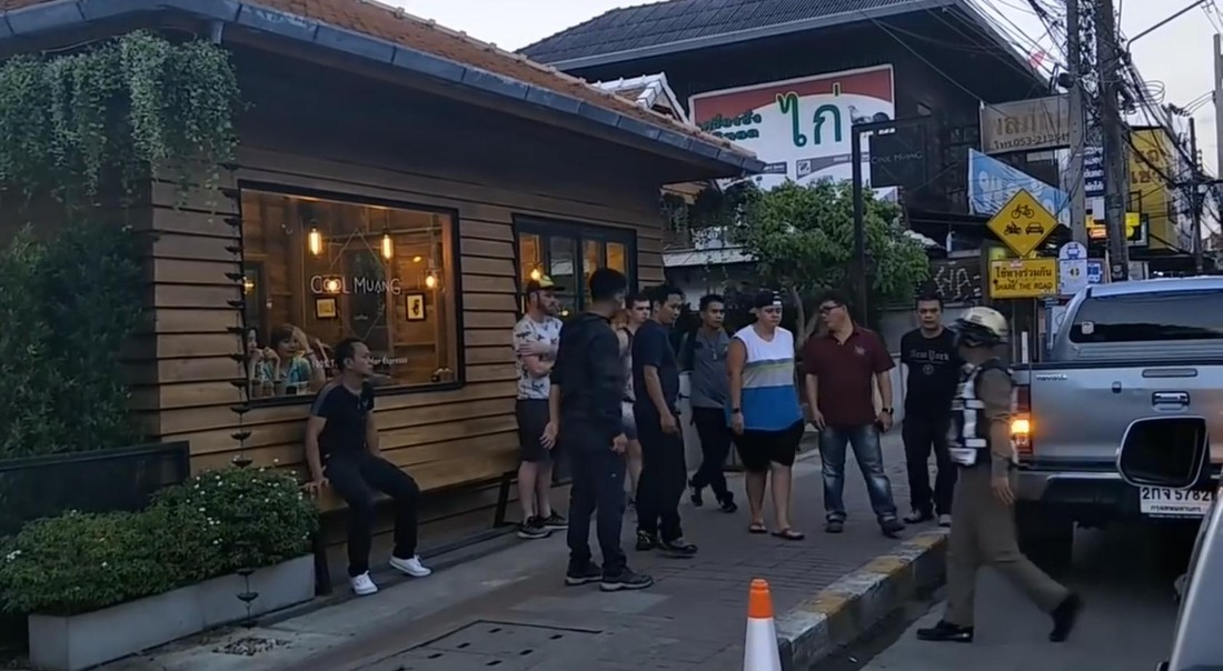 Два туриста арестованы в Таиланде за граффити , Таиланд