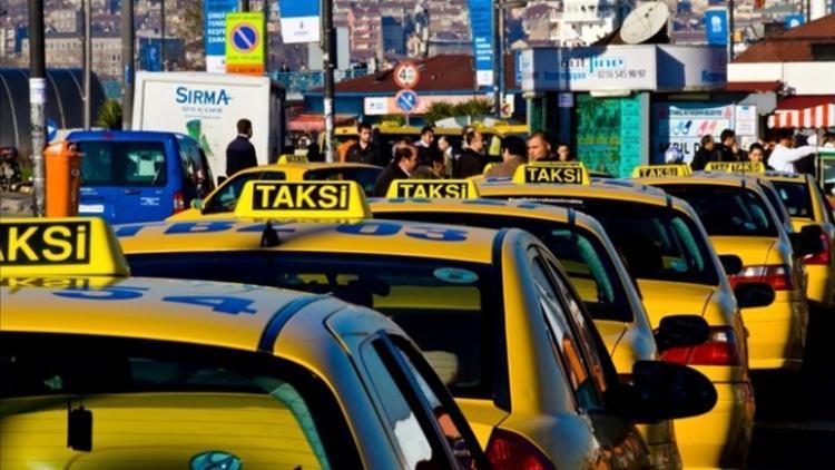 В Стамбуле за обман туристов таксист сядет в тюрьму , Турция