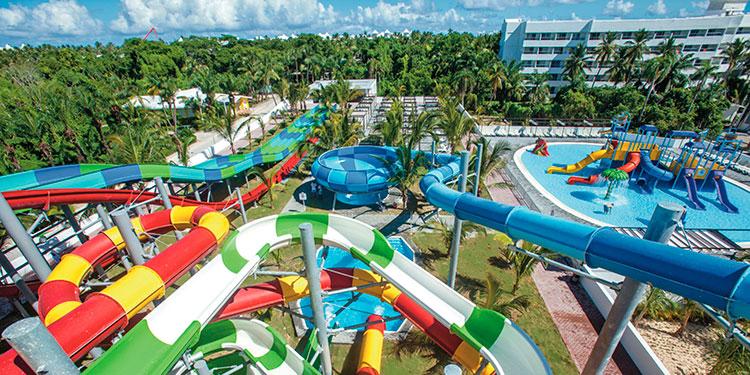 Доминикана: отель Riu Republica открыл новый аквапарк «только для взрослых»
