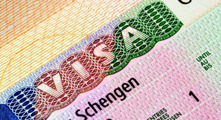 Европейская комиссия : Шенгенскую визовую систему нужно усилить