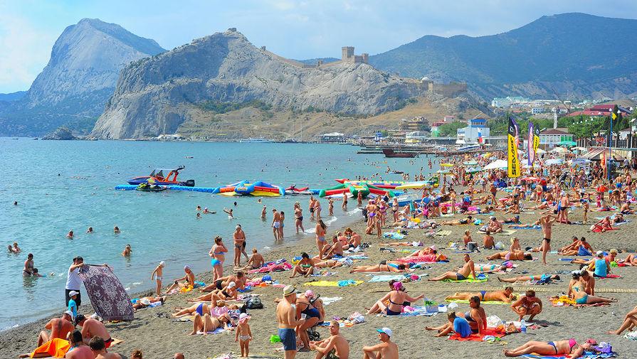 Крым ждет в 2018 1 млн туристов с государства Украины