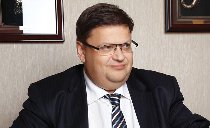 Владимир Воробьев нашел инвестора, продав ему часть активов «Натали Турс» , Россия
