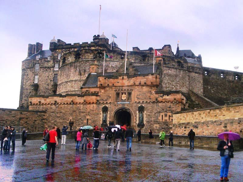 В Шотландии хотят ввести туристический налог в 1£ за ночь , Великобритания