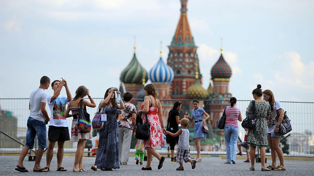 Итоги чемпионата, ФЦП и особые экономические зоны: как чиновники отчитались о развитии туризма , Россия