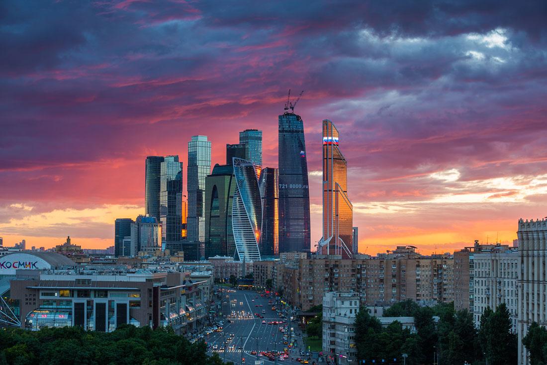 https://www.tourprom.ru/site_media/images/upload/2018/9/21/newsphoto/moskva.jpg