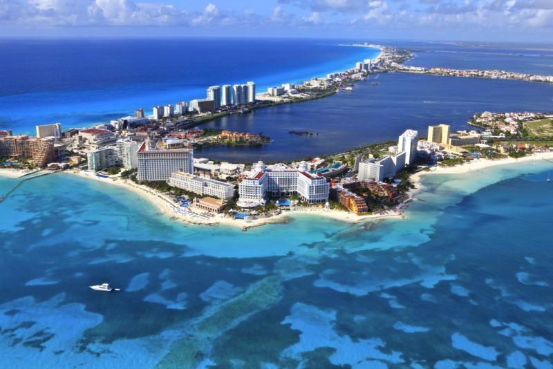 В Канкун начинаются чартерные туристические перелеты из России