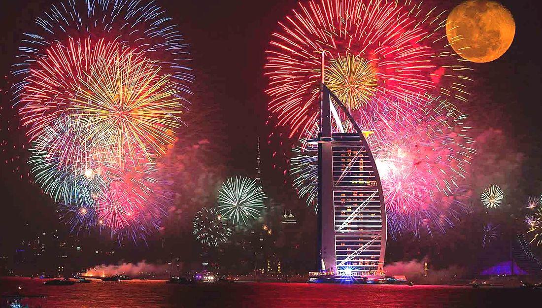 В Рас-эль-Хайме на Новый год покажут самый длинный в мире фейерверк