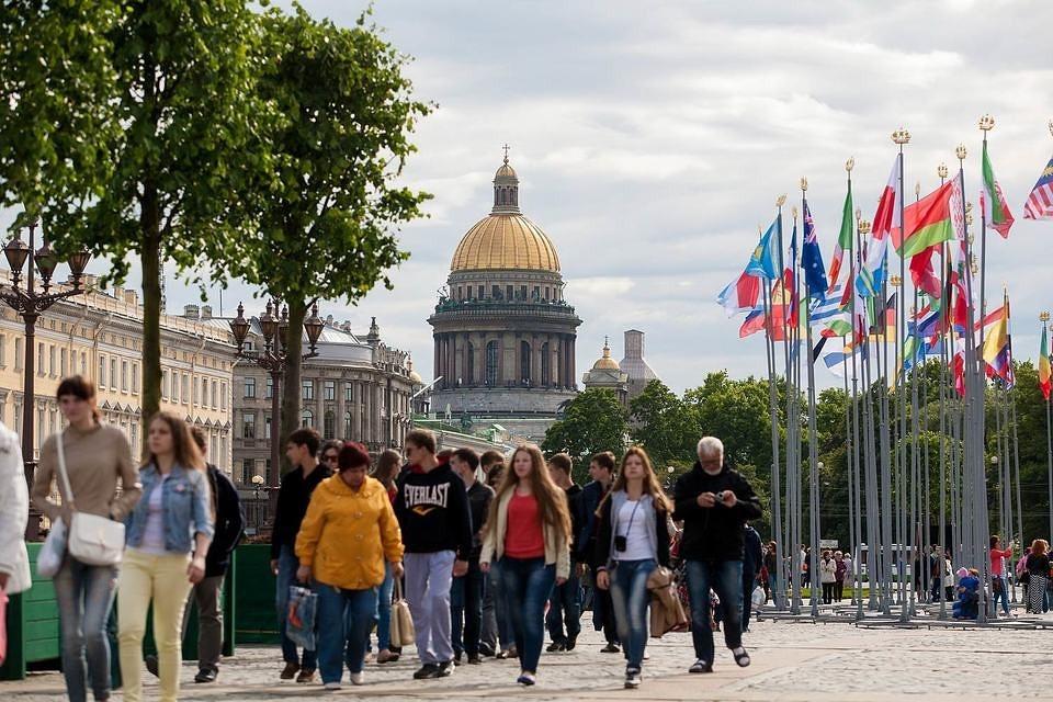 В Петербурге ждут рекорда по туристам прироста турпотока на 10%