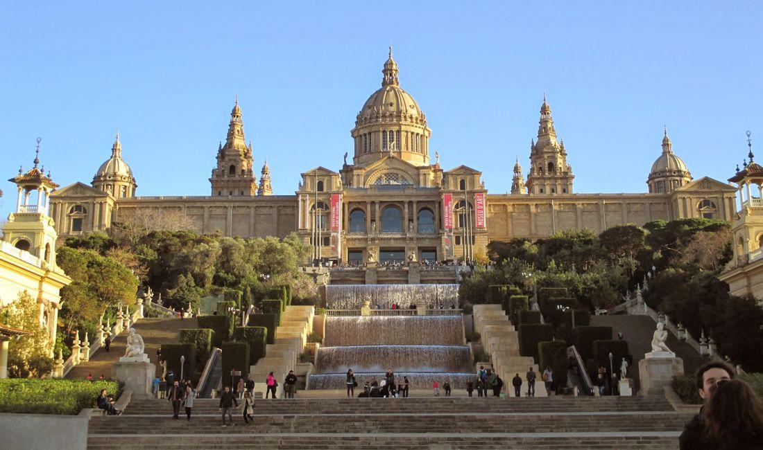 Куда сходить на экскурсию в Барселоне и что лучше посмотреть с гидом?